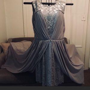Vera wang grey cocktail lace dress